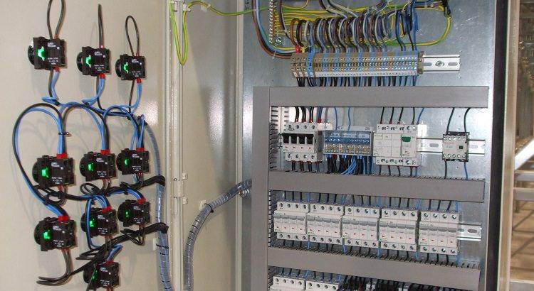Instalații electrice interioare pentru: case, vile, instituții publice